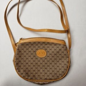 Vintage Gucci purse.